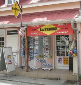 Boutique de la presse à Terre-de Haut Ph R. Joyeux