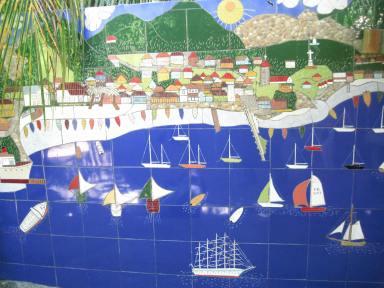 Tonton Fernand : un jardinier artiste Fresque réalisée dans son jardin