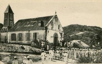 Èglise de Terre-de-Haut à l'arrivée du Père Offrédo en 1945