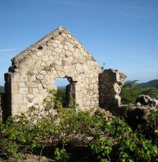 Ruine du Fort Joséphine à l'Ilet à Cabris