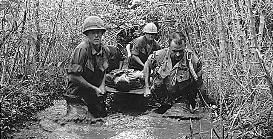 Scène de la guerre au Viet Nâm  - Doc. Le Devoir Montréal