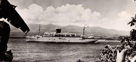 Le Paquebot Colombie reliant les Antilles à la France en 1945