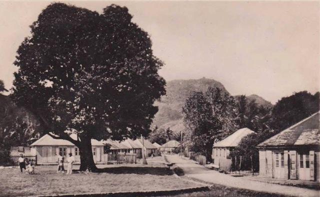 Place de la Mairie début XXème siècle