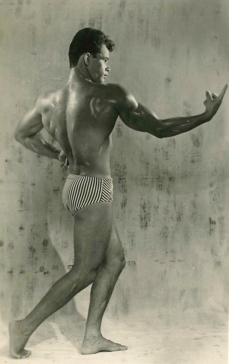 Geo Petit : Culturiste, champion de natation- Année 1980