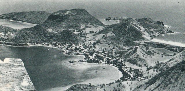 Vue du Chameau - ON aperçoit au fond à droite l'Étang Bélénus aujourd'hui comblé