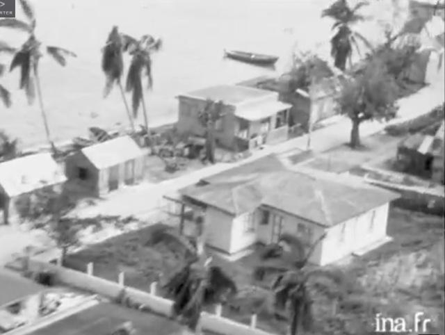 Ancienne propriété Jules Corbin avec le dispensaire. Capture d'écran video INA 1964