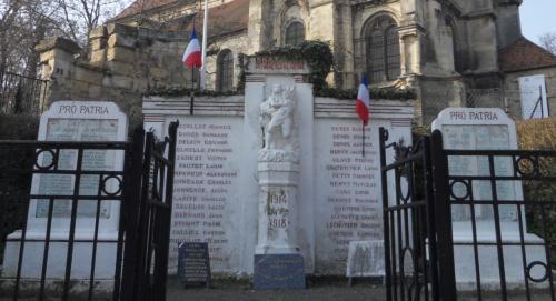 Monument morts Vieux Pays